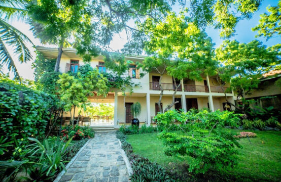 Exclusive 7 bedroom boutique hotel for sale – 1.5 Acre