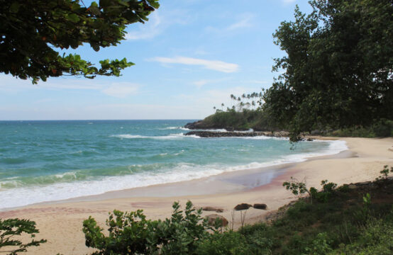 Small plot of land with ocean view