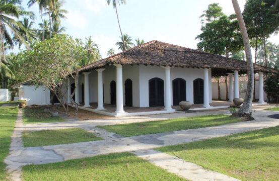 Beachfront boutique villa for sale